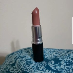 Mac lipstick in blankety